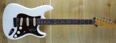 Fender American Ultra Strat Rosewood Fingerboard, Arctic Pearl US210052916