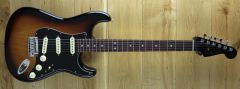 Fender American Ultra Luxe Strat Rosewood 2 Tone Sunburst US210030566