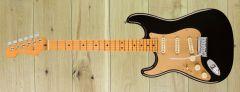 Fender American Ultra Strat Left-Hand, Maple Fingerboard, Texas Tea US210026485