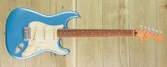 Fender Player Plus Strat, Pau Ferro Fingerboard, Opal Spark