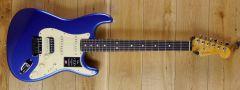 Fender American Ultra Strat HSS, Rosewood Fingerboard Cobra Blue US210010405
