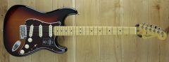 Fender American Professional II Strat Maple Fingerboard 3-Color Sunburst US210072081